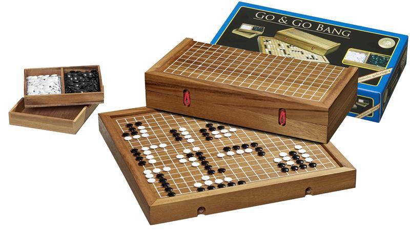 Go hra dřevěná v boxu plastové kameny